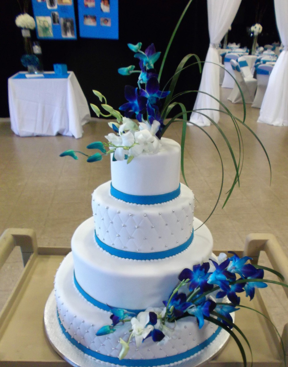 Wedding Cake Ruban Bleu Ciel Pièce Montée De Mariage Gâteau De Mariage Gateaucreateurfr